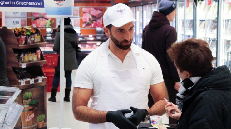 Tasstingaktion im Supermarkt